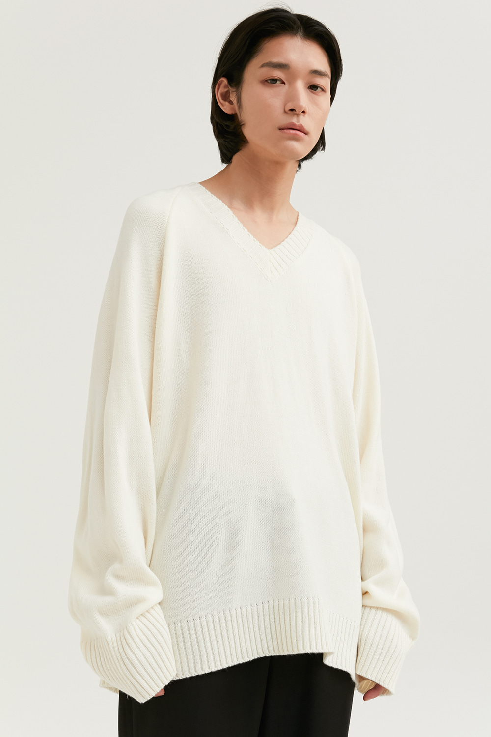 V Neck Knit Men [Ivory]