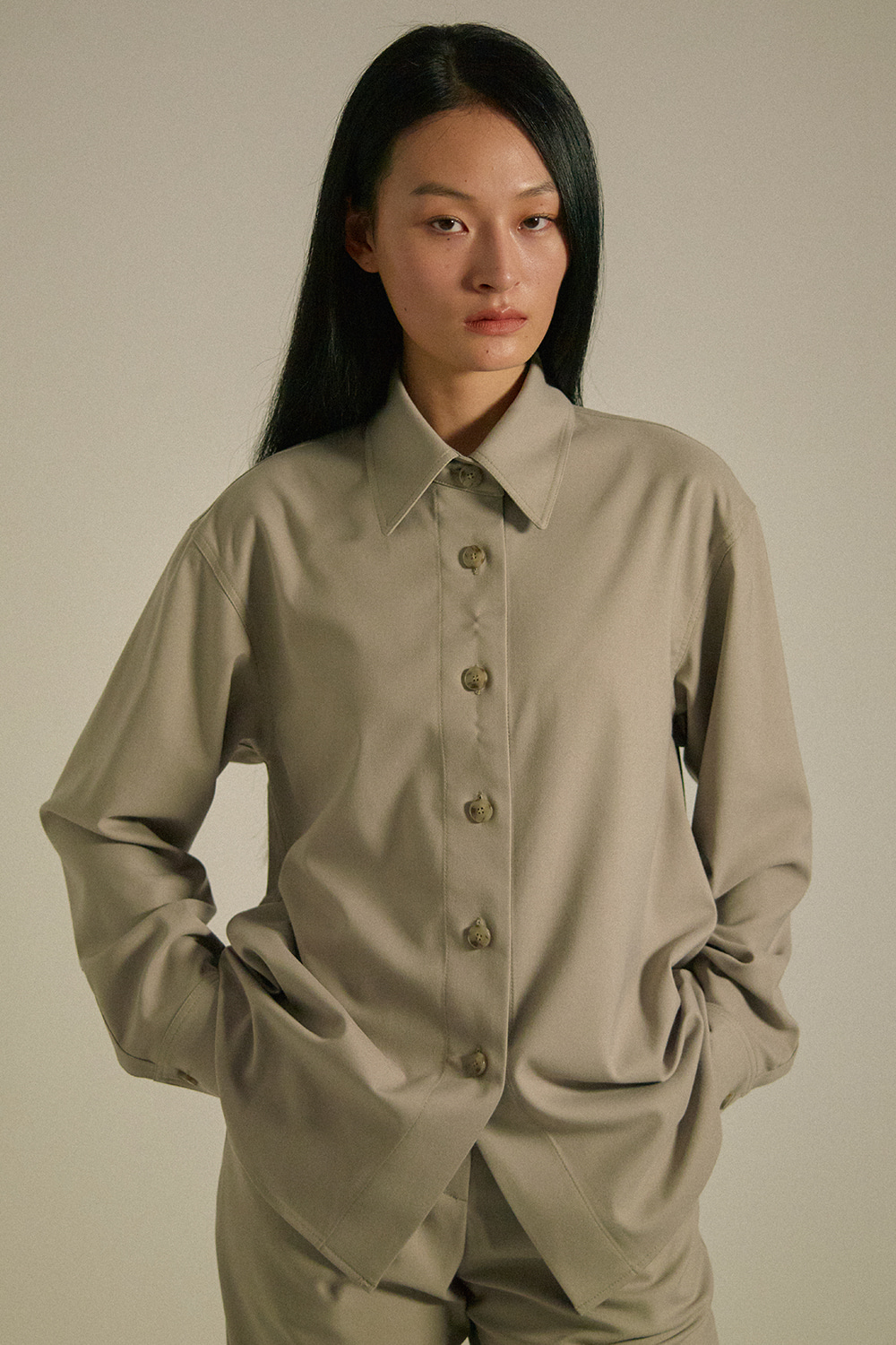 Over Shirts Women JA [Sand Gray] -10%